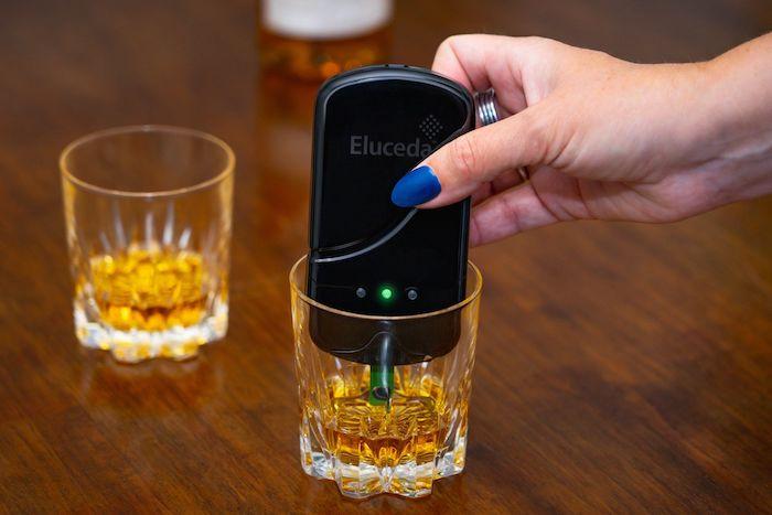 Eluceda's E-Sen handheld detector